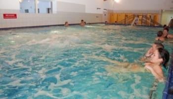 Bazén v Horských lázních Karlova Studánka
