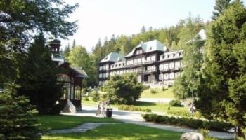 Lázeňský hotel Slezský dům v Horských lázních Karlova Studánka